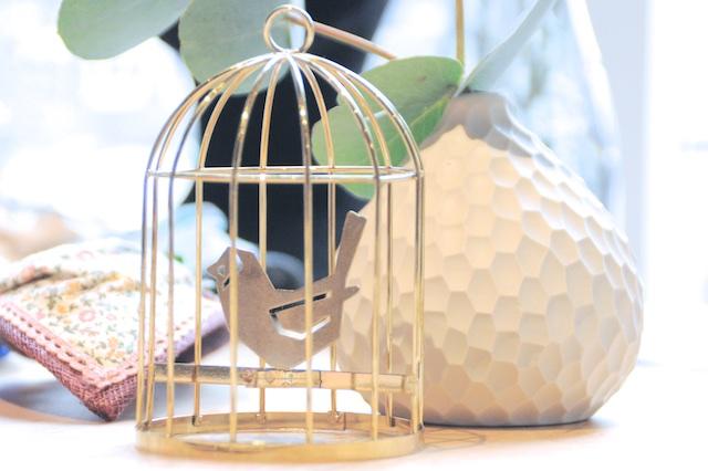 Oiseau en cage dorée - Pop Up Store Etsy Lyon