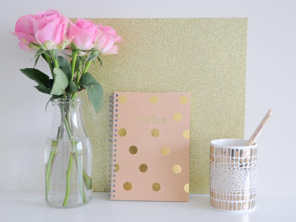 DIY Customiser un carnet de notes