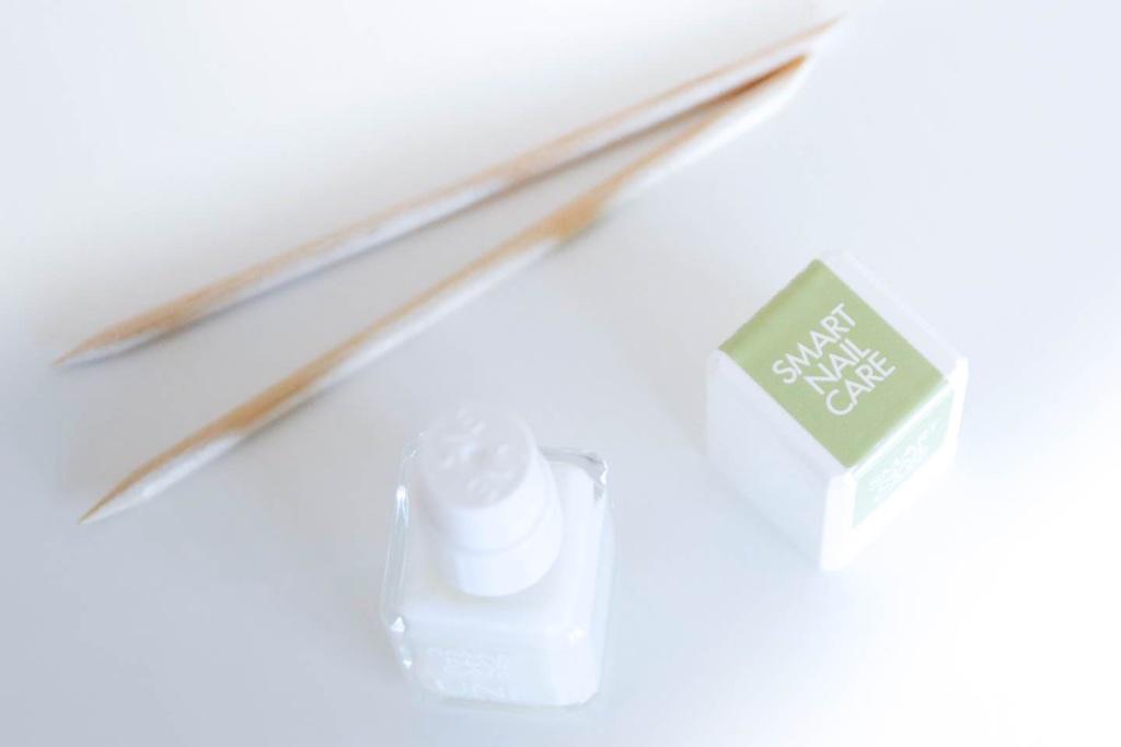 Manucure UNE NATURAL BEAUTY - MangeBrilleAime