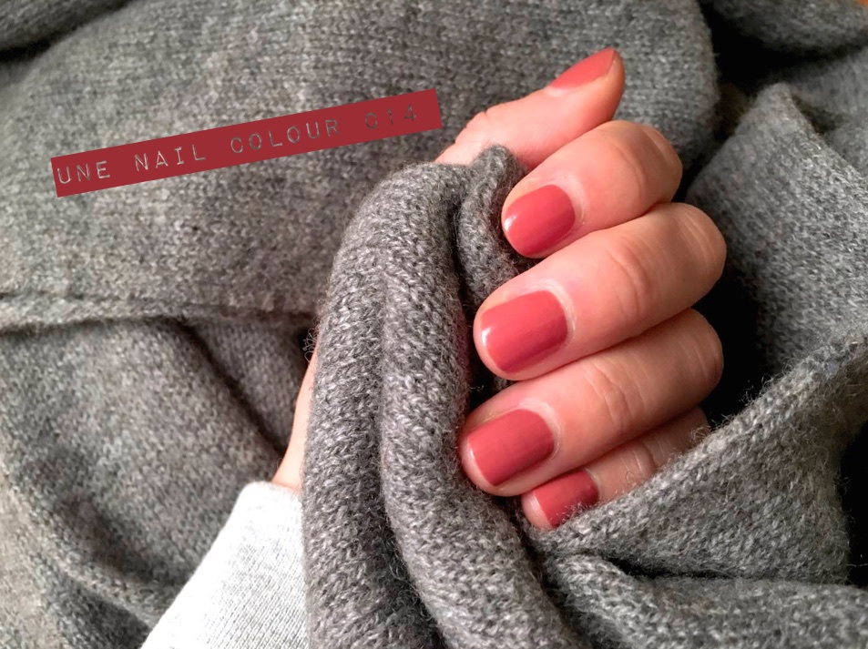 Vernis UNE NATURAL BEAUTY - MangeBrilleAime