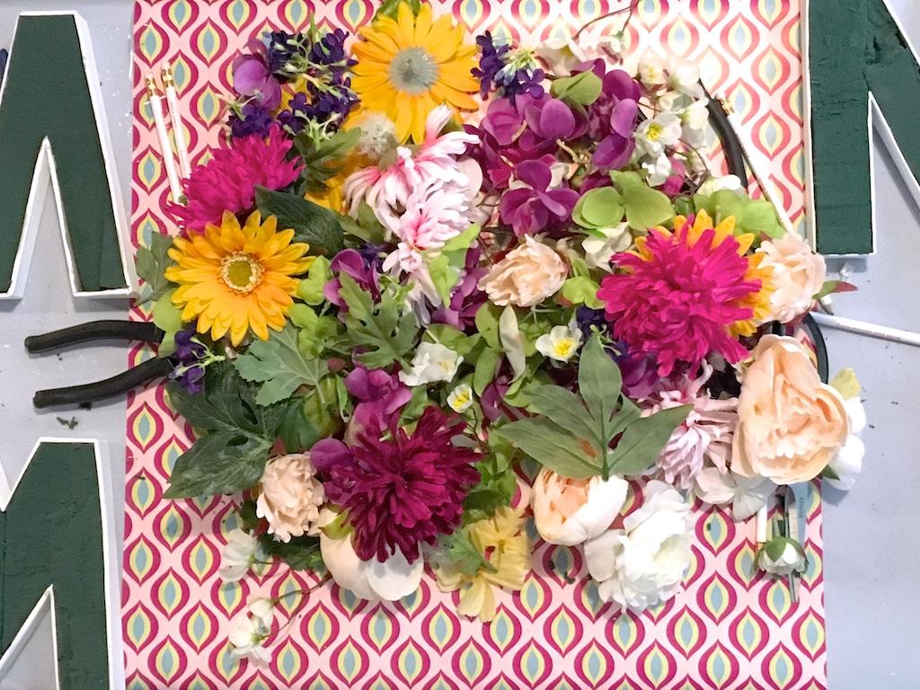 DIY Lettre fleurie - MangeBrilleAime