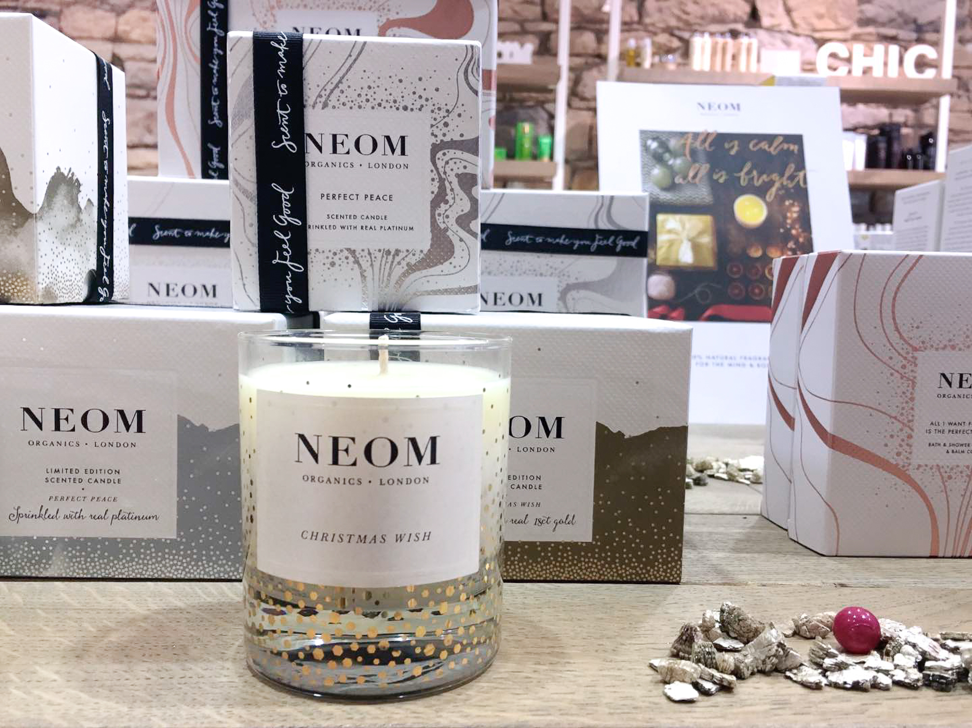 Neom Bougie - Mange Brille Aime