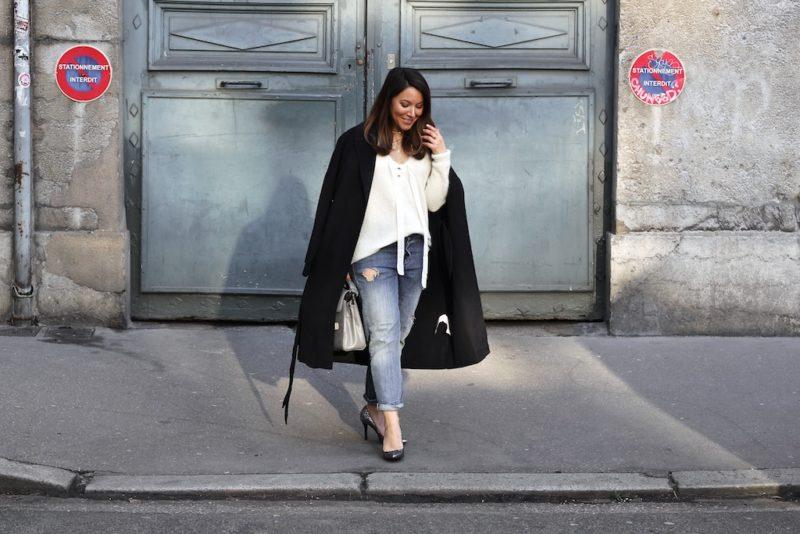 LOOK 28: MANTEAU LONG ET ESCARPINS A PAILLETTES