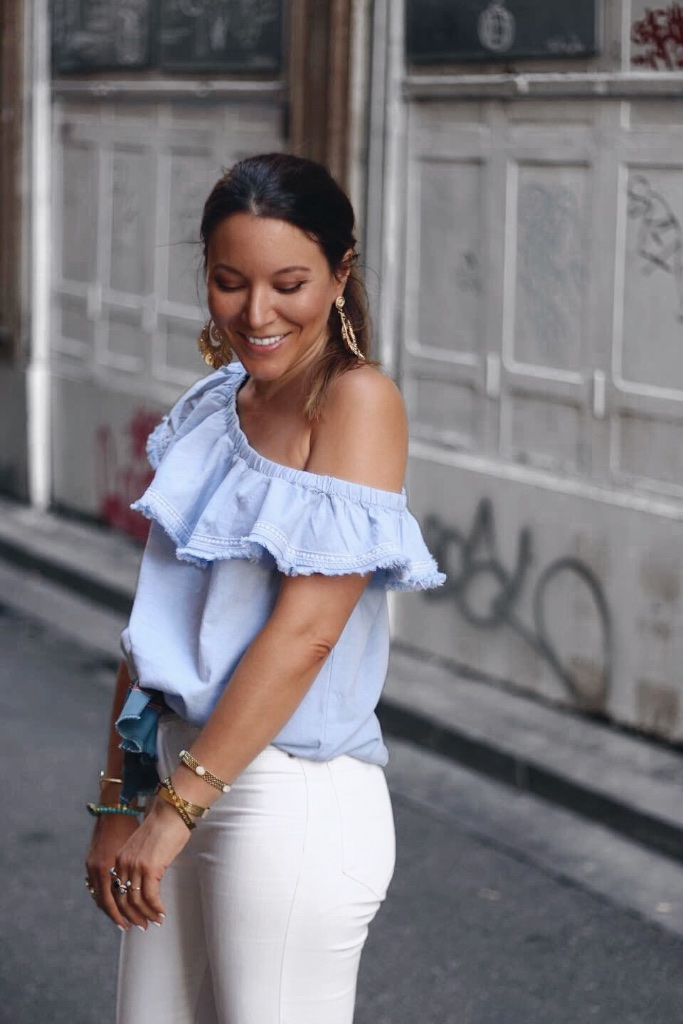 Look top à volant H&M jean taille haute blanc Zara - Mange Brille Aime