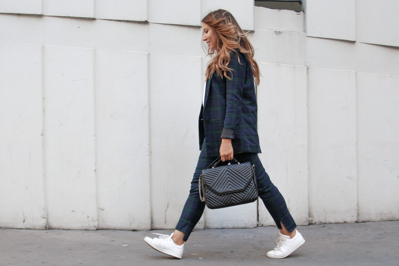 Comment porter et associer le tailleur pantalon (quand on est jeune et cool comme nous)?