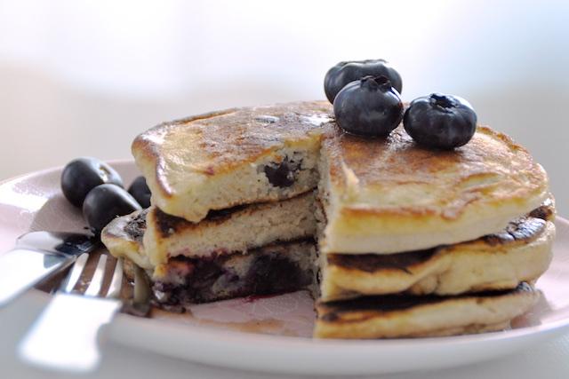 Pancakes aux Myrtilles sans gluten sans lactose