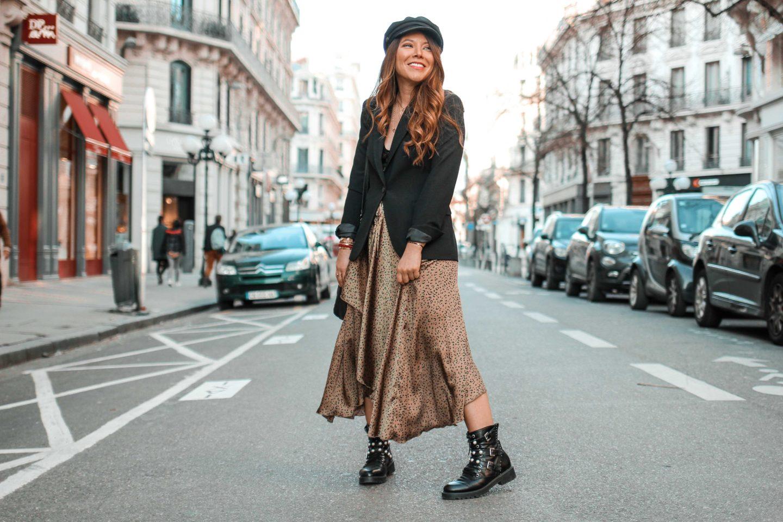 Comment porter la tendance jupe léopard en hiver (même au